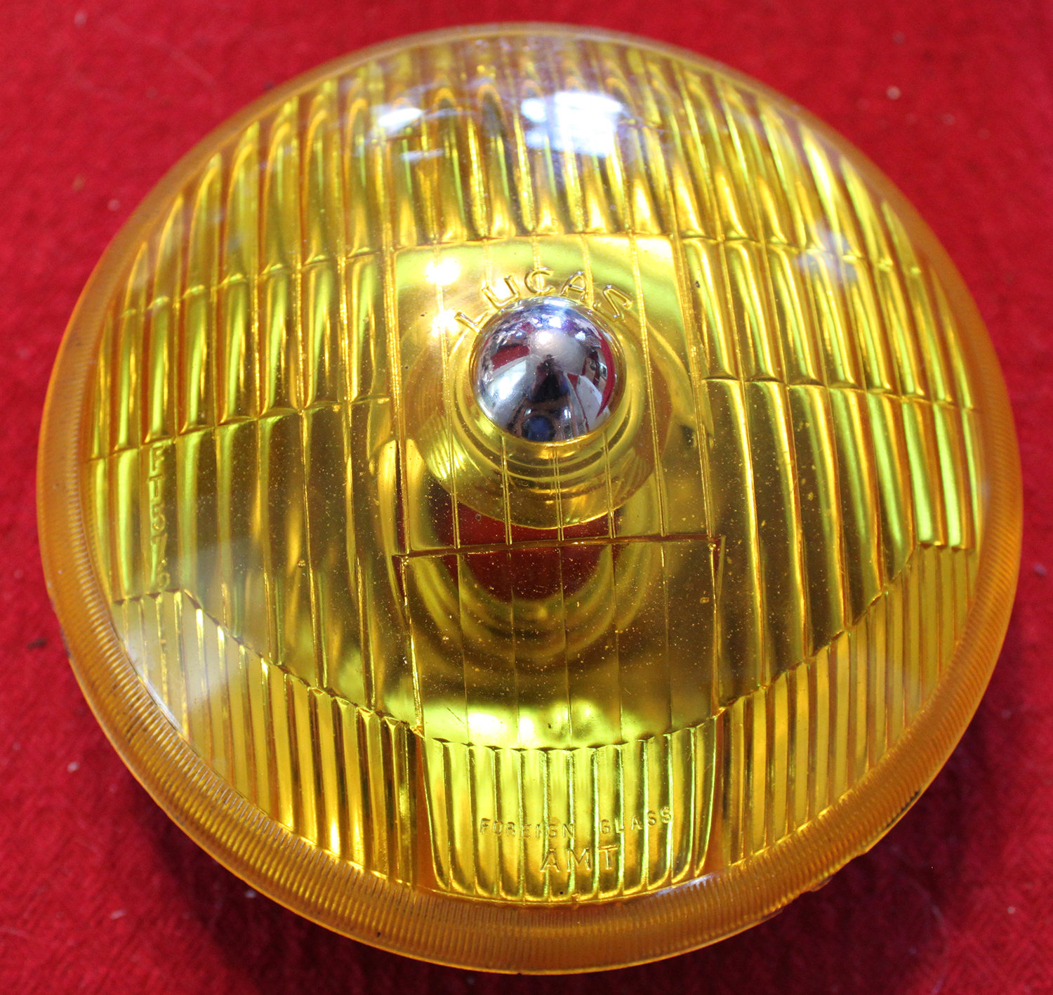 Lucas yellow 576 fog lamp